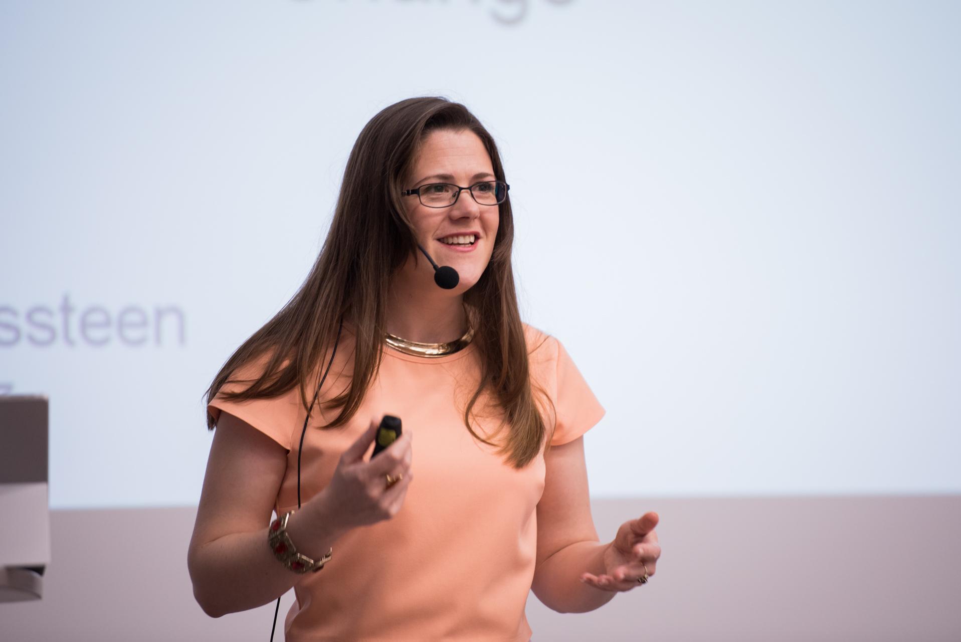 brno-czech-female-plenary-speaker-marketing-branding-leadership